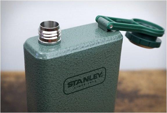 Фляга Stanley из нержавеющей стали с объемом 0,35л. серии Adventure