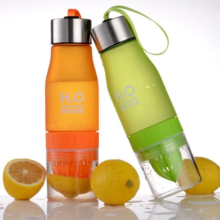 Бутылка для воды с соковыжималкой H2O water bottle 650 мл