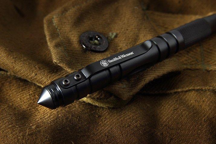 Тактическая ручка Smith & Wesson SWPEN3BK со стилусом