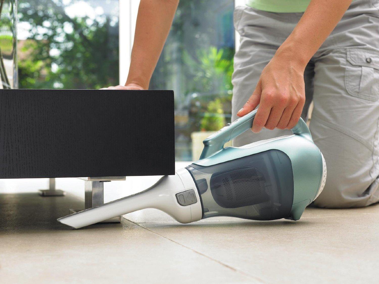 Ручной аккумуляторный пылесос Black & Decker 6V