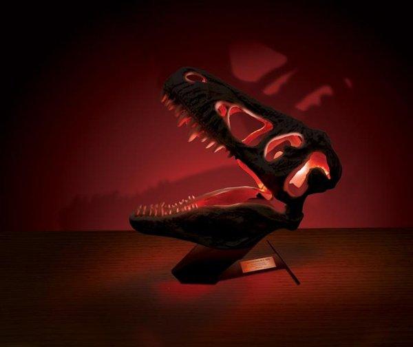 """Настольный светильник """"Череп Тираннозавра"""" Uncle Milton T-Rex"""