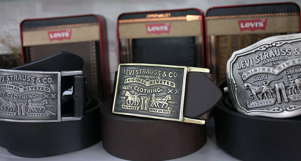 Ремень Levi's из натуральной кожи с металлической пряжкой