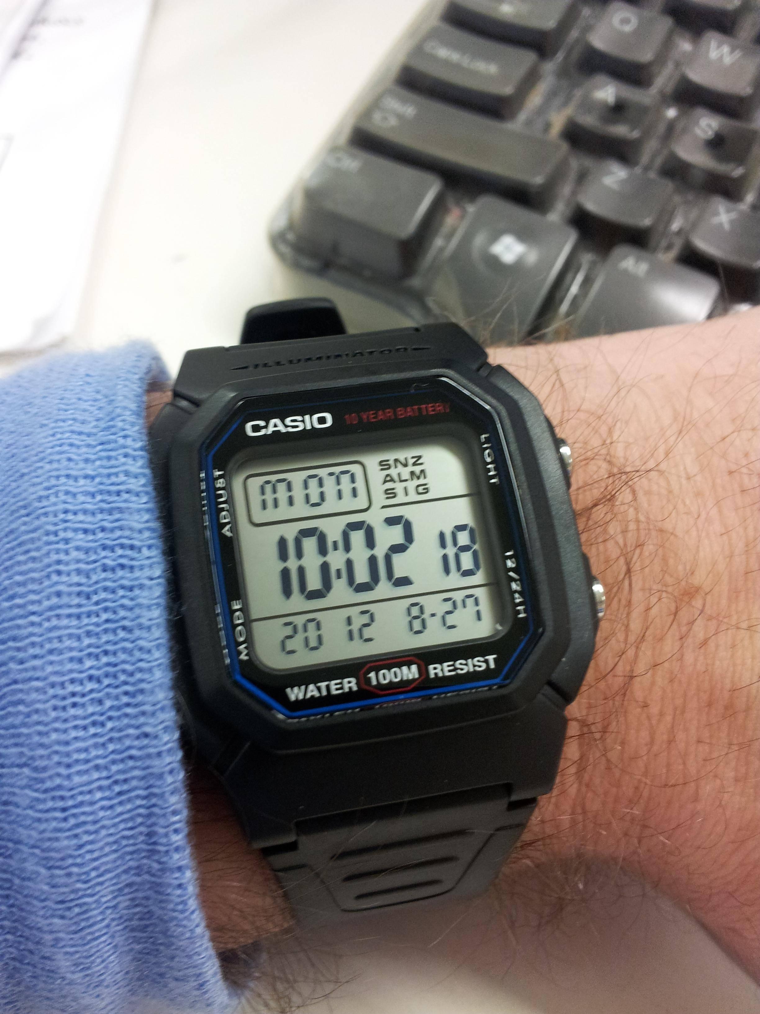Kişi qol saatı Casio W-800H-1AVEF